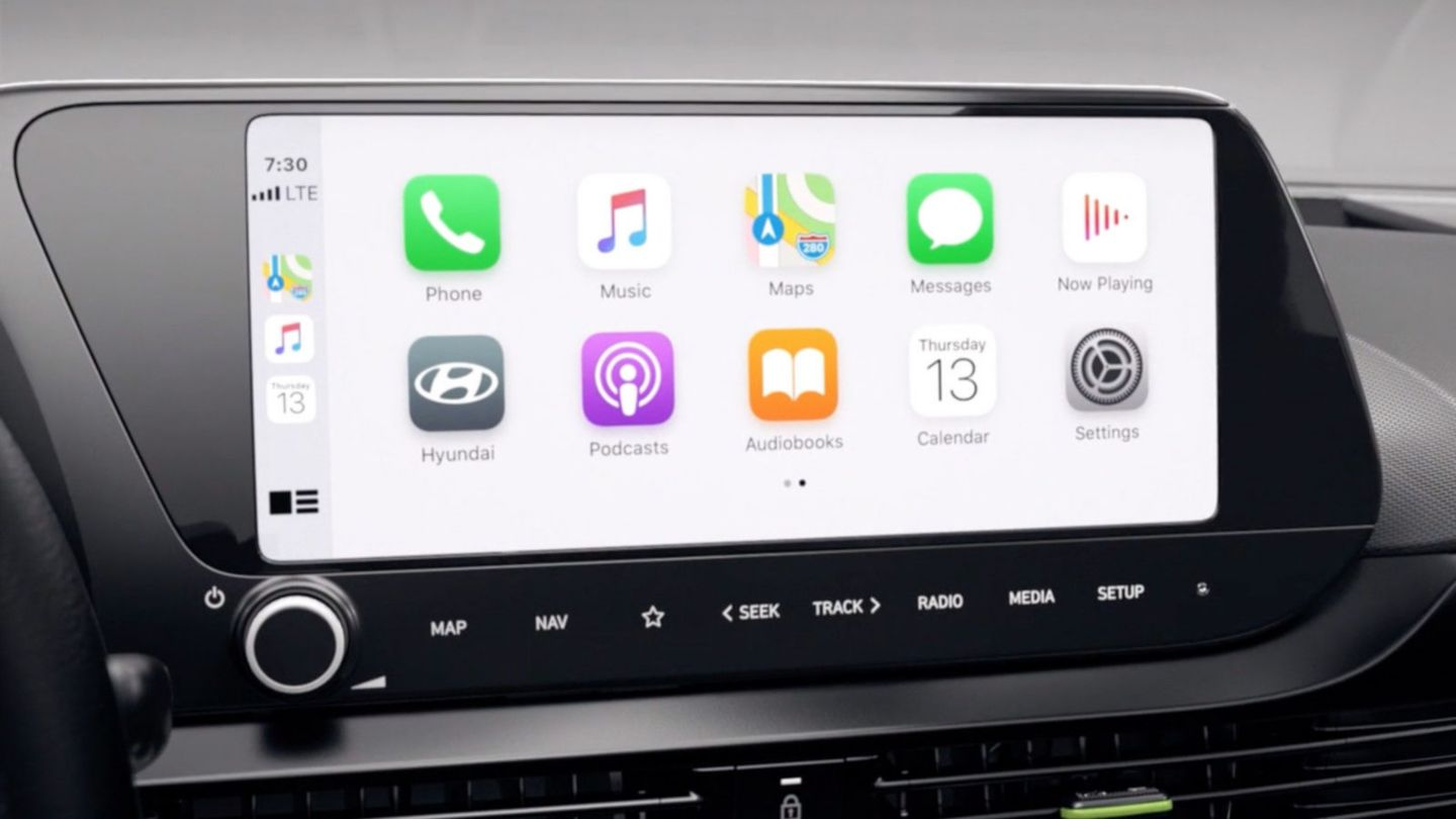 Video of the all-new Hyundai i20's 8″ touchscreen's wireless charging, connectivity and display audio features