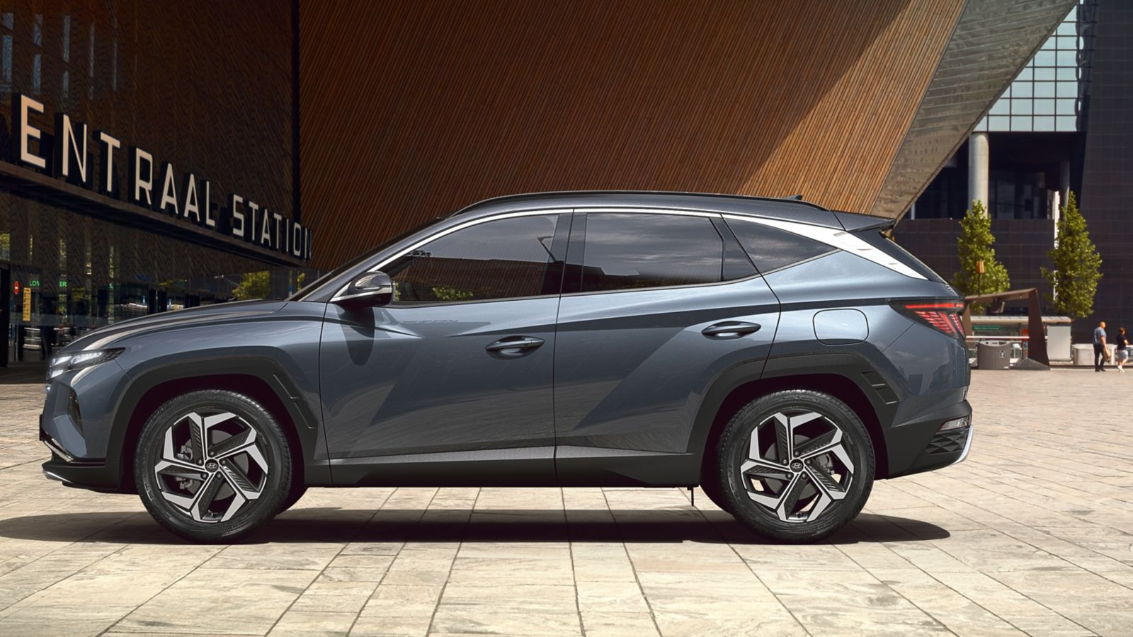 The all-new Hyundai Tucson compact SUV pictured from the side.